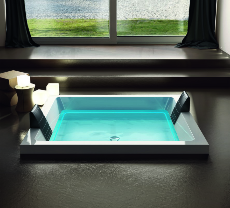 Dream Cube outdoor hydromassage bathtub 01 (web)