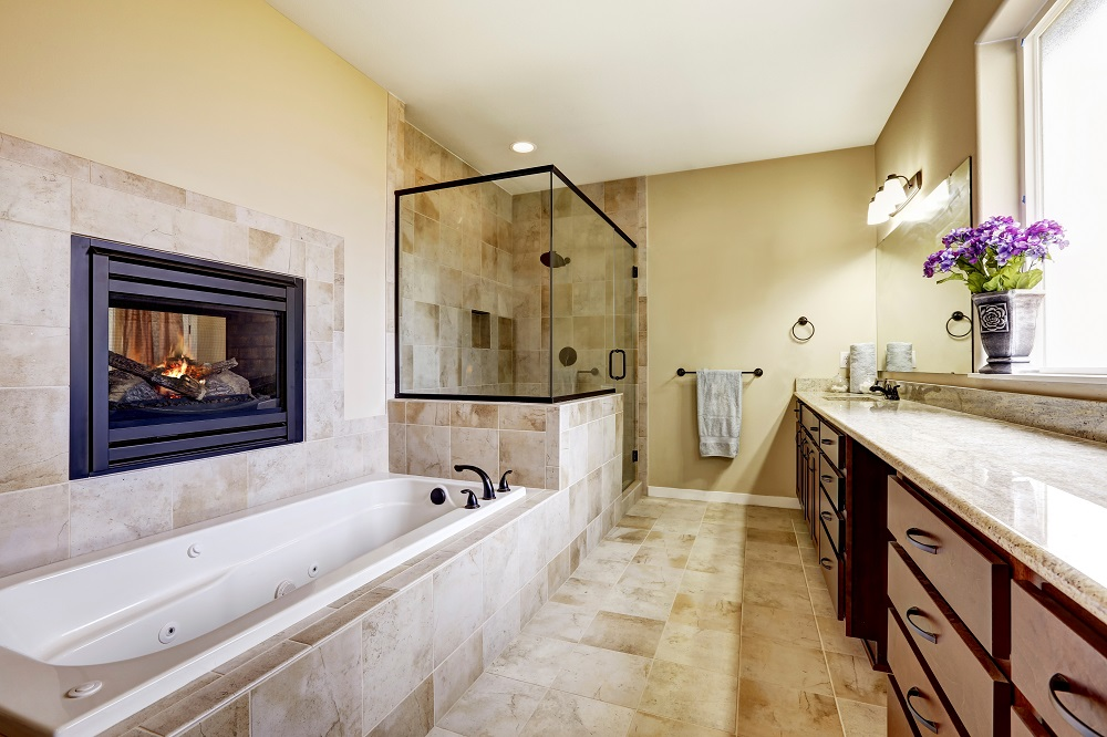 bigstock Master Bathroom In Modern Hous 137465492